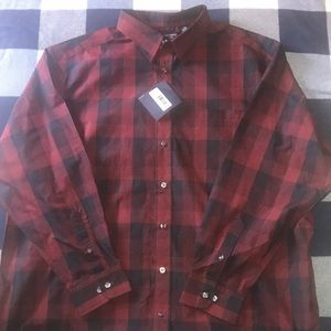 New! Roundtree & Yorke Button Up